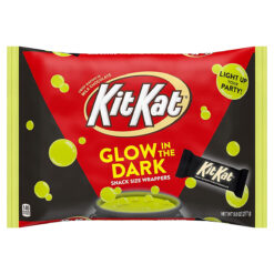 Kit Kat Glow in the Dark Wrappers 277g.